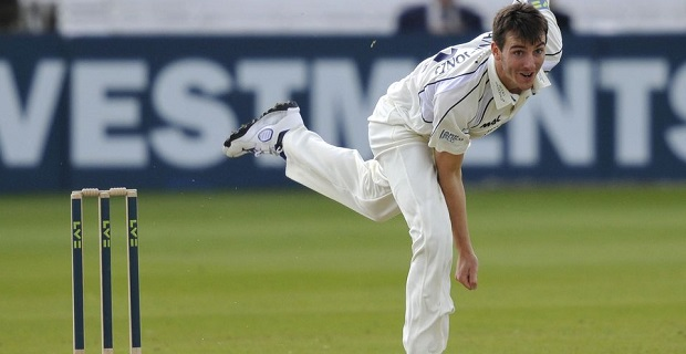 Seamers help Middlesex close in on Durham victory