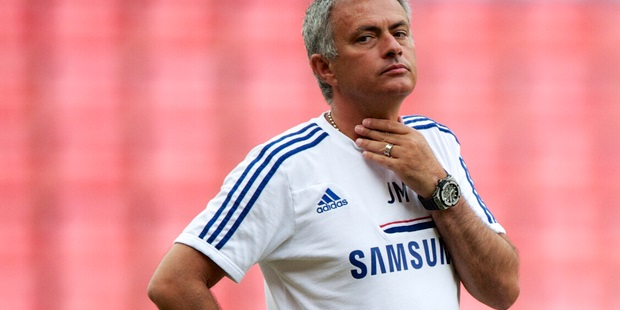 Boss Mourinho admits selection mistake