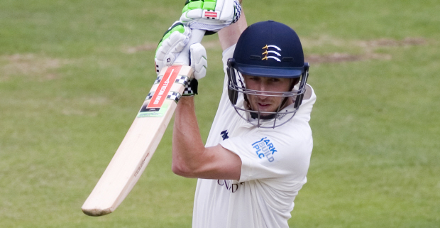 Simpson eyeing England call after new Middlesex deal