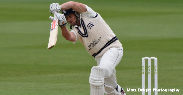 Nick Compton playing for Middlesex, April 2015. **SINGLE-USE ONLY (USED)**