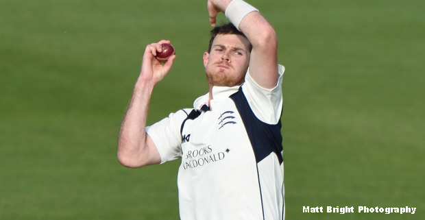 Middlesex survival in balance as Somerset dominate