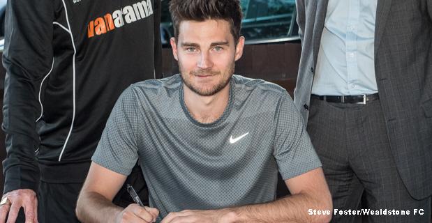 Stones sign former United star Cadmore