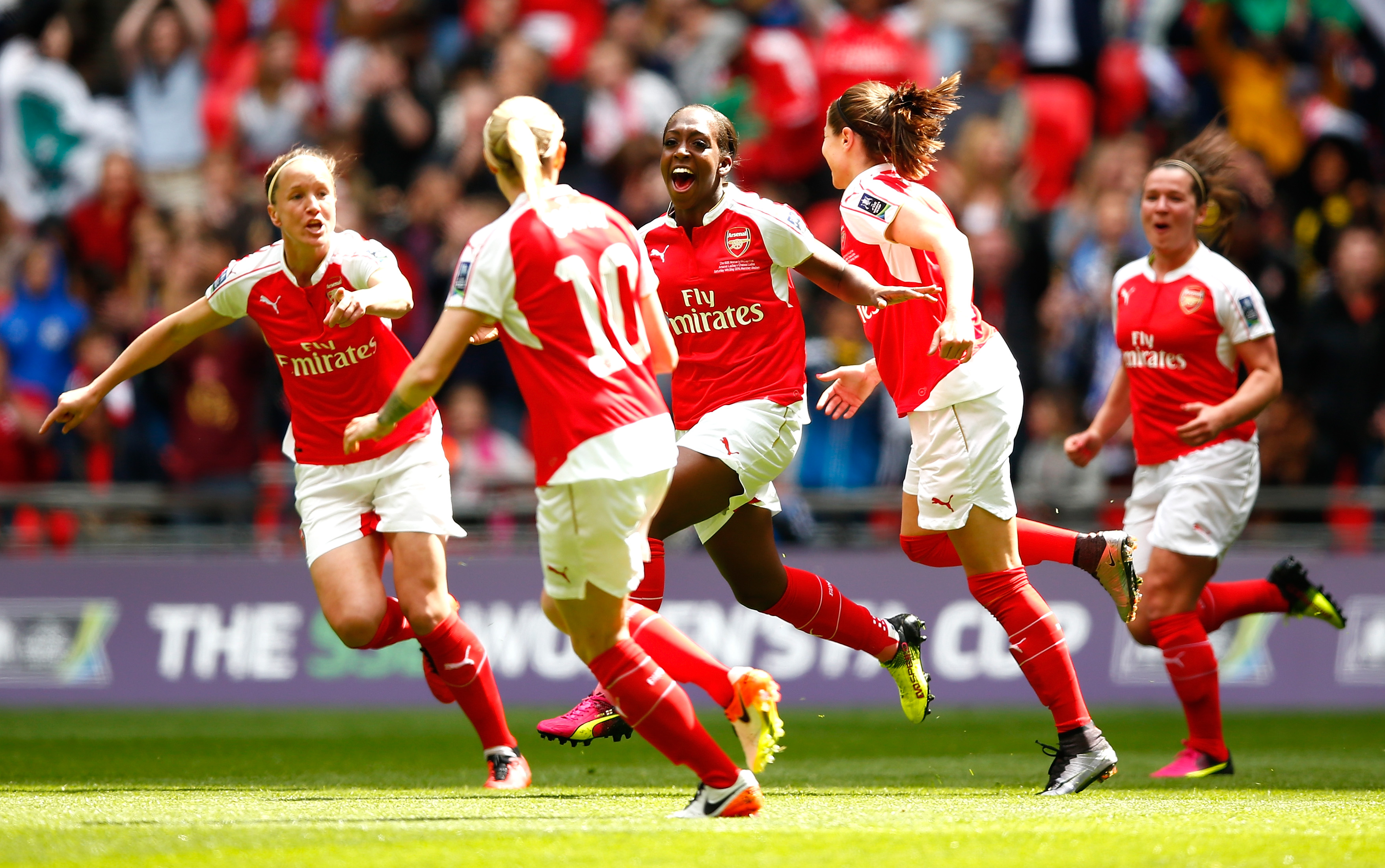 """LONDON, ENGLAND - MAY 14: Danielle Carter (C) of Arsenal celebrates scoring his team's first goal with her team mates during the SSE Women's FA Cup Final between Arsenal Ladies and Chelsea Ladies at Wembley Stadium on May 14, 2016 in London, England. (Photo by Christopher Lee - The FA/The FA via Getty Images)"""