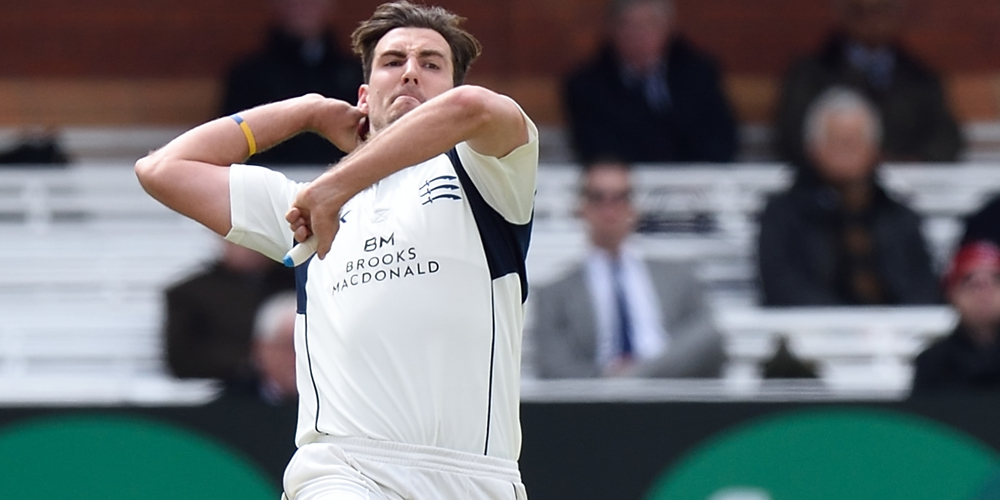 Eight for Finn as Middlesex win boosts survival hopes