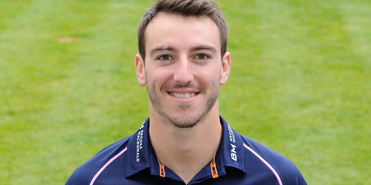 Roland-Jones burst sees Middlesex past Hampshire