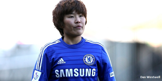 Boss Hayes hails Chelsea Ladies star
