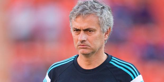 Mourinho plays down Chelsea's defeat