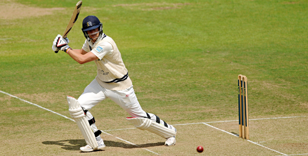 Magnificent Malan helps Middlesex reel in Surrey