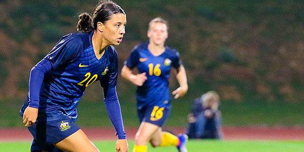 Chelsea Women sign prolific striker Kerr