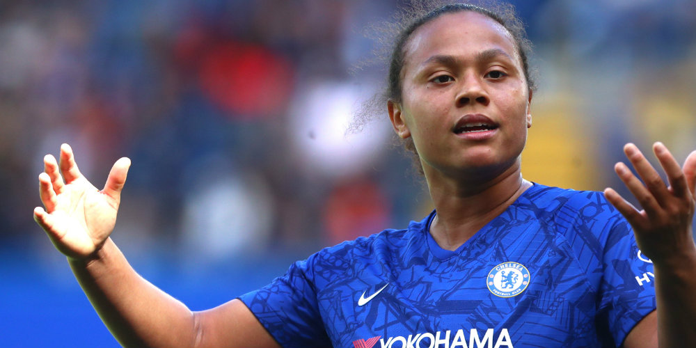 Spence signs new Chelsea contract
