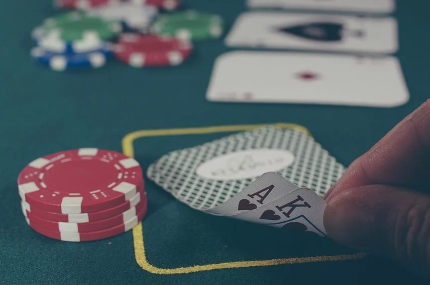 Here are some things to consider when choosing a casino